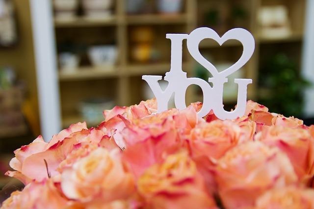 vyznání lásky na květině.jpg